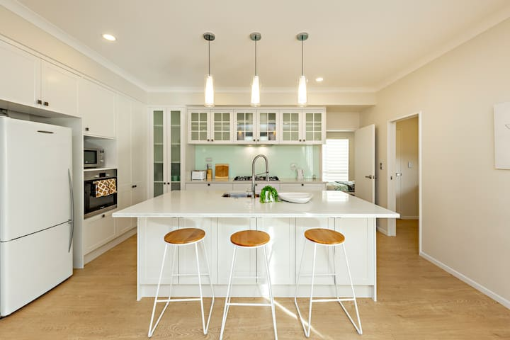 Fully functional modern kitchen with gas range, electric oven, dishwasher, rice cooker, toaster....