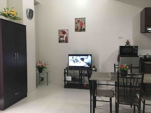 Corner Cozy Studio at the heart of cebu city
