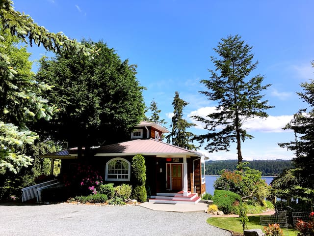 Harbor Hideaway Waterfront Home - Freeland - House