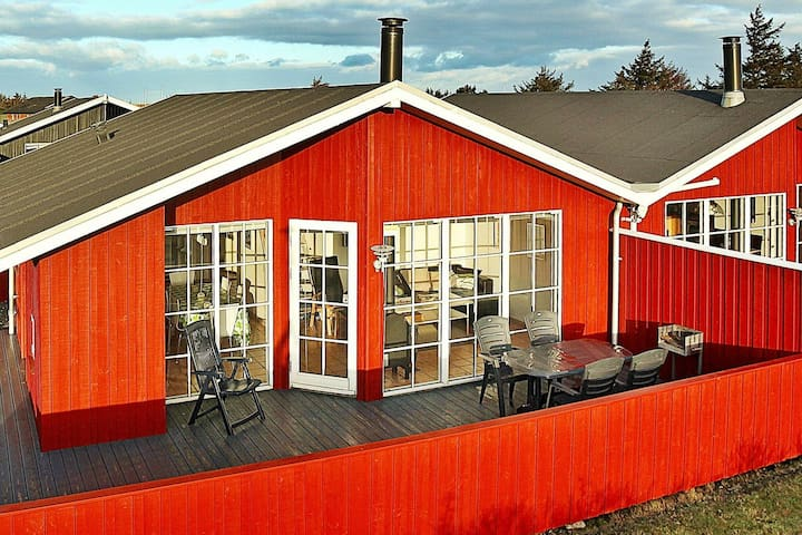 Spacious Holiday Home in Hvide Sande with Whirlpool