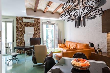 Loft en barrio de moda Valencia - València