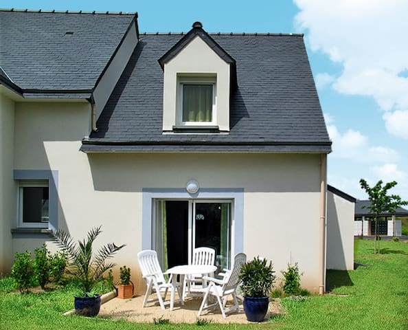 Holiday home in Pleneuf-Val André - Pléneuf-Val André - บ้าน