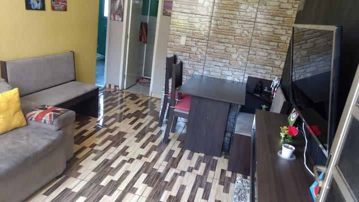 Apartamento, Santa Cruz-RJ, Tranquilo e prático