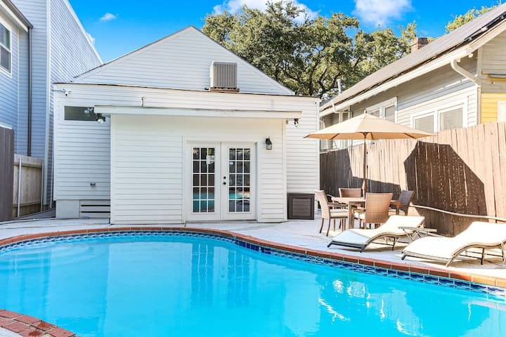 Lux Brand New! Beautiful House w/ Pool & Hot Tub