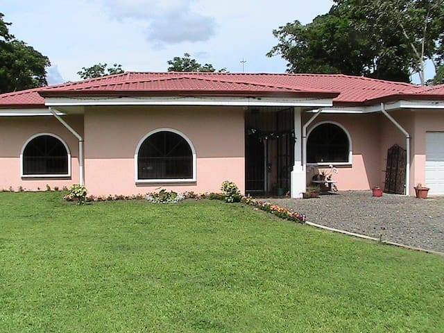 Casa Del Norte Country Elegance 3 - La Fortuna