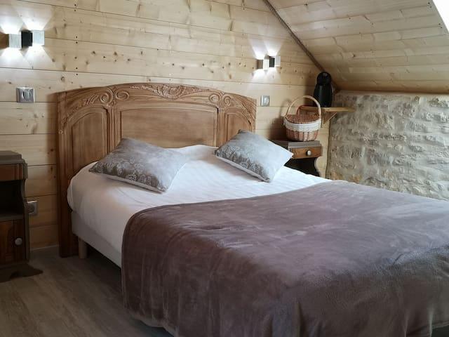 Chambre cocooning en Périgord vert avec sauna