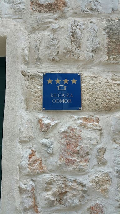 4 stars villa