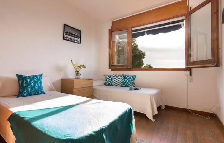 chambre 2 lits simples niveau supérieur