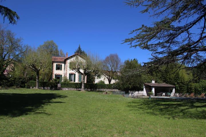 La Roseraie - Générargues - Dom wakacyjny