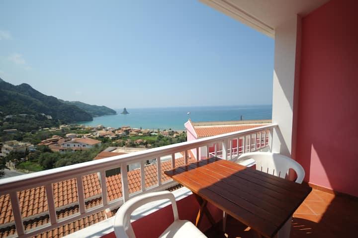 panoramic Seaview  studio near the beach & Center