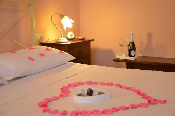 A romantic getaway -  Apartment The Cricket - Cannara - Apartment