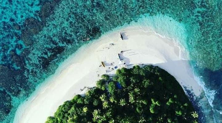 Yanuca island homestay & spearfishing