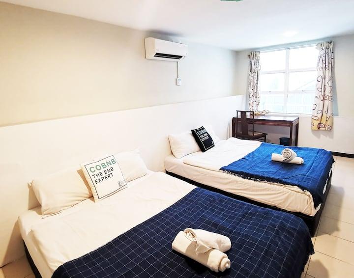 Cozy Hotel Room near AEON Jusco Kepong Mall