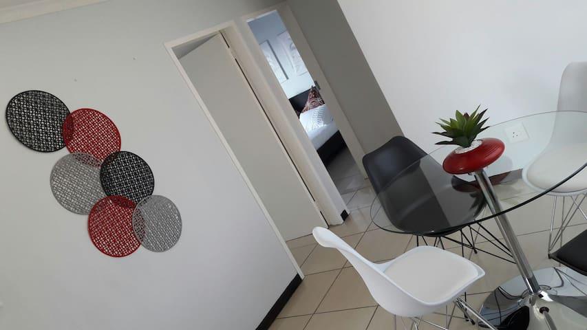 Oryx Apartment Rentals - Centurion - Leilighet