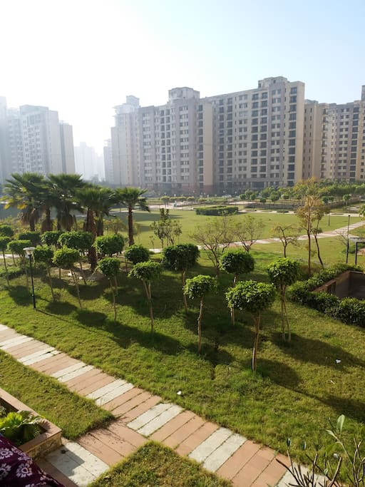 PARK VIEW WITH BALCONY ROOM