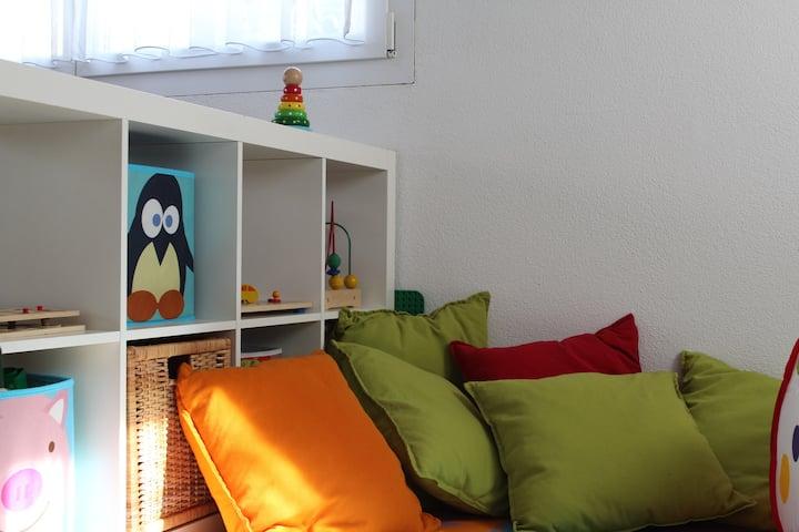 Lovely Family Guesthouse - Eigenes Haus im Grünen