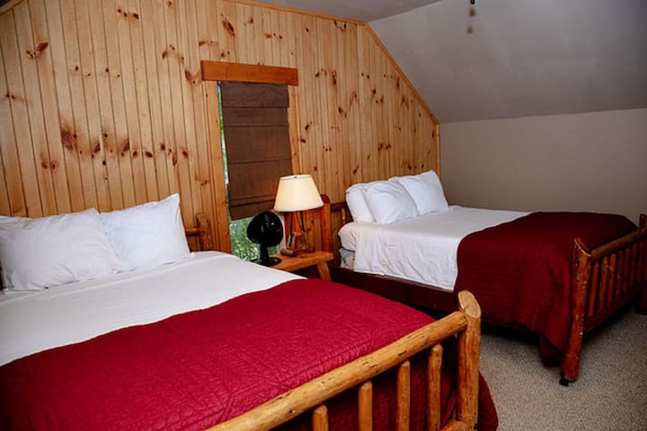 Ranch House - Bedroom #3 - Two Double Beds - Upstairs