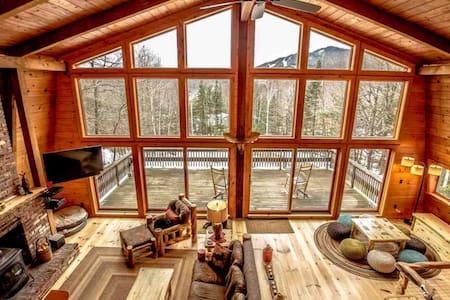 The Mountain Villa, Hot Tub, Mt. Washington Views