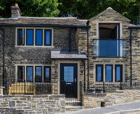 Shibden View Cottage: Een luxe gerenoveerd uitje