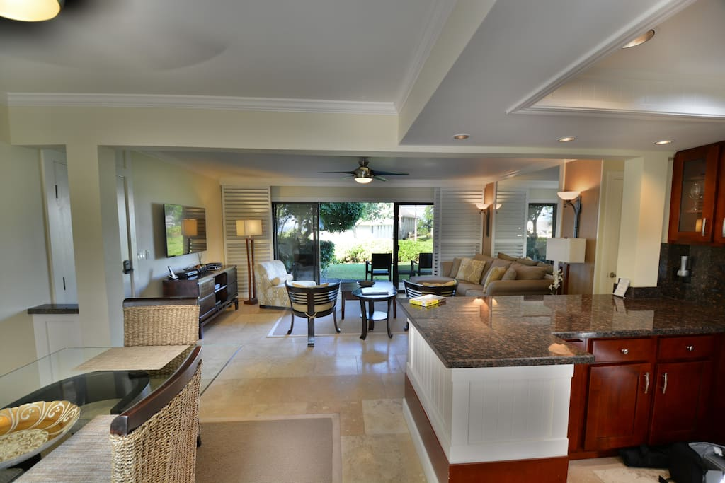 Wow.. Expertly Designed ~ Luxury in Paradise ~ Spacious & Newly Renovated