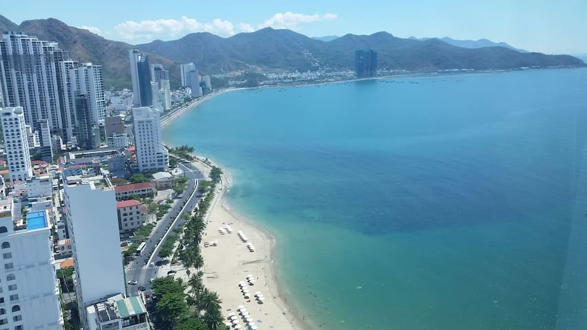 Beautiful Beach Front 2 Bedroom Furnished Condo