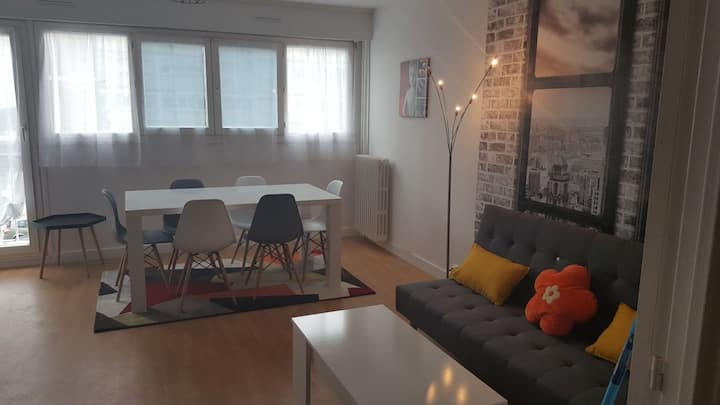 Appart 1familial 10 pers centre ville  3 chambres