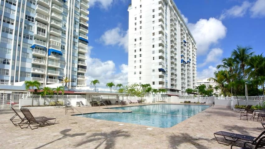 BEACH ACCESS 1 RM APARTMENT AT ISLA VERDE AREA - Carolina - Daire