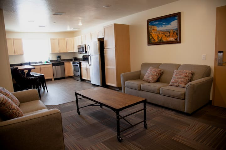 Sparkling Clean! Ruby's Inn Vacation Rentals #4556