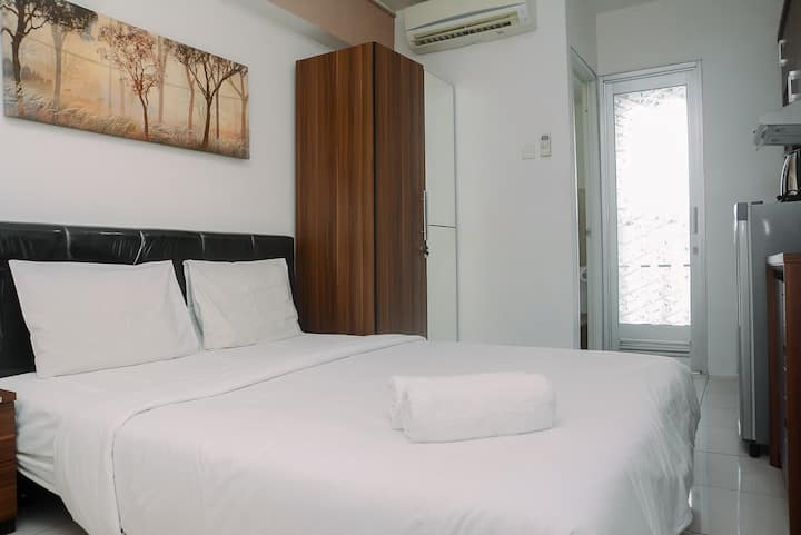 Good and Comfy Studio Room at Green Bay Pluit Apt