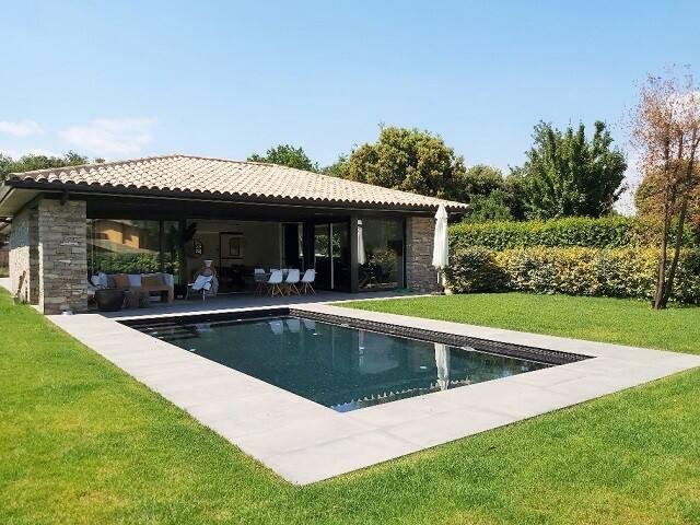 Preciosa casa con piscina en entorno idílico