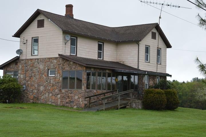 Sabella Farm - farmhouse in the country.