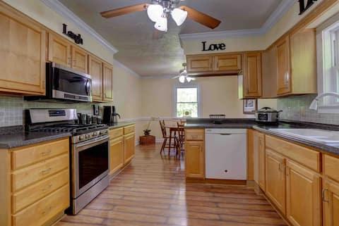 The Lansing Cottage