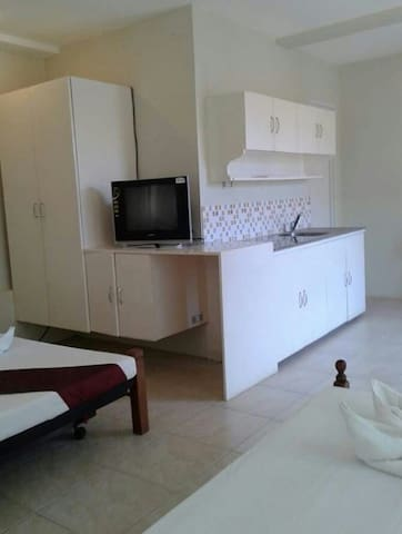 Apartment Less than 1 Minute Walk from The Beach - Malay - Appartement