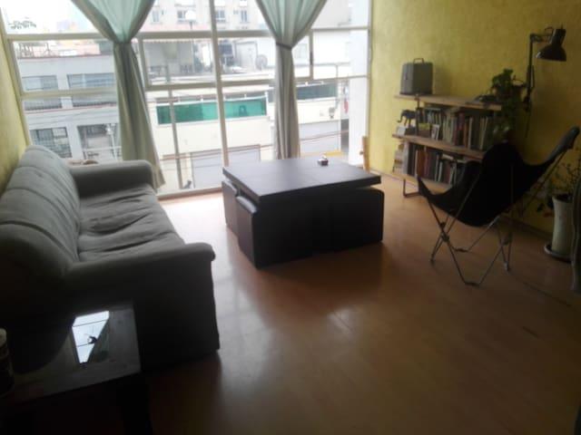 Habitación iluminada disponible por mes y medio - Ciudad de México - Apartment