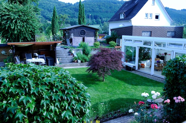 Gemütliche Ferienwohnung mit Charme - Eschenburg - Társasház