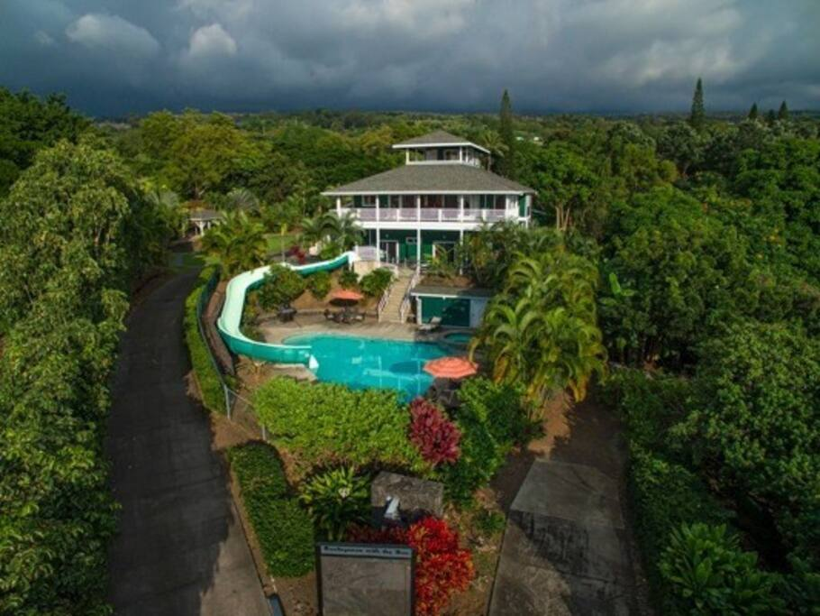 Gated -  Lush - exclusive use of top 2 floors - Pool - Hot Tub