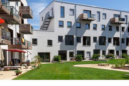 Große Neubauwohnung mit Terasse - Hambourg - Appartement