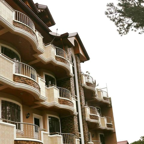 2 BR Apartment with City View - Baguio city