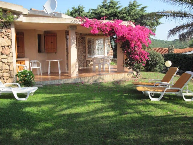 Sardegna- Villetta a 50 mt dal mare - Pittulongu - House