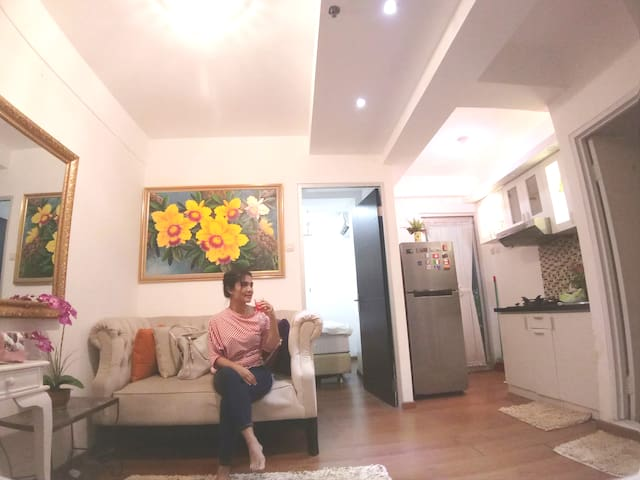 City Center Hommy  Cozy  free wifi Apartment