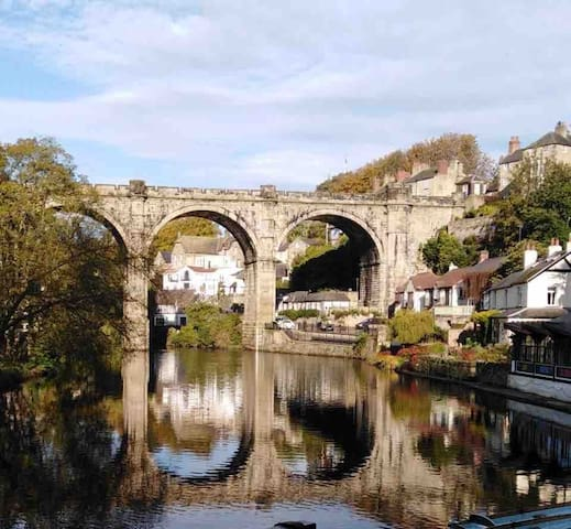 Knaresborough Viaduct over River Nidd.