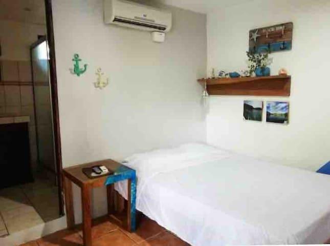 Casona Hostel, El Coco,Guanacaste (Marino)