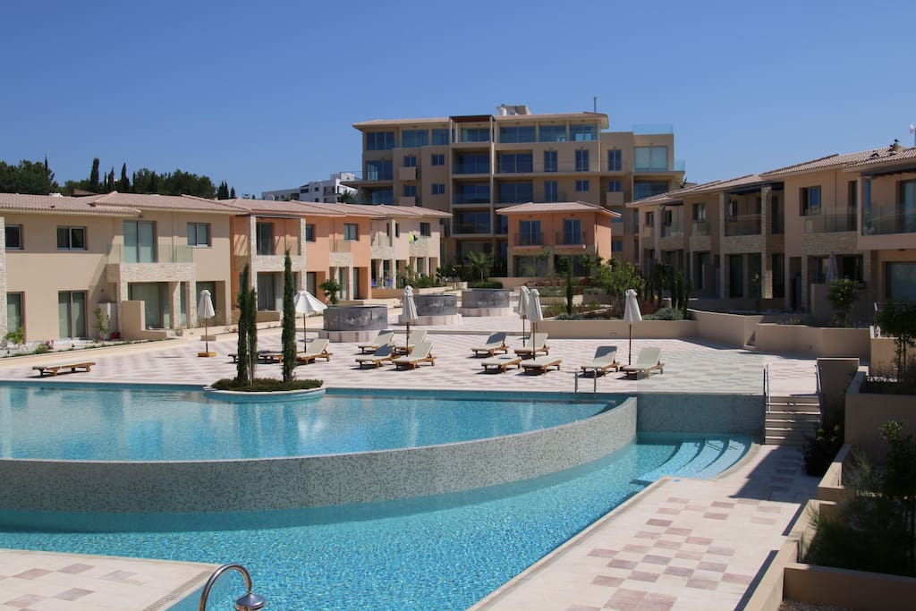 Sweet House Two Bedrooms Nice Swimming Pool No F Townhouses For Rent In Paphos Paphos Cyprus