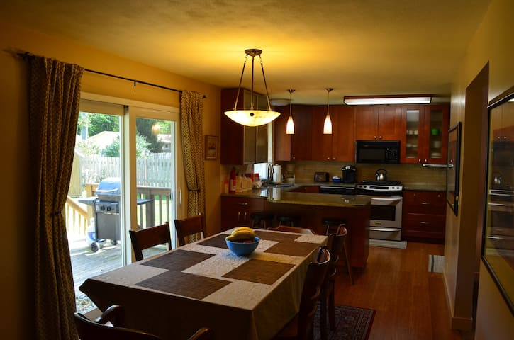 Spacious Home near Lake MI Beaches & Downtown