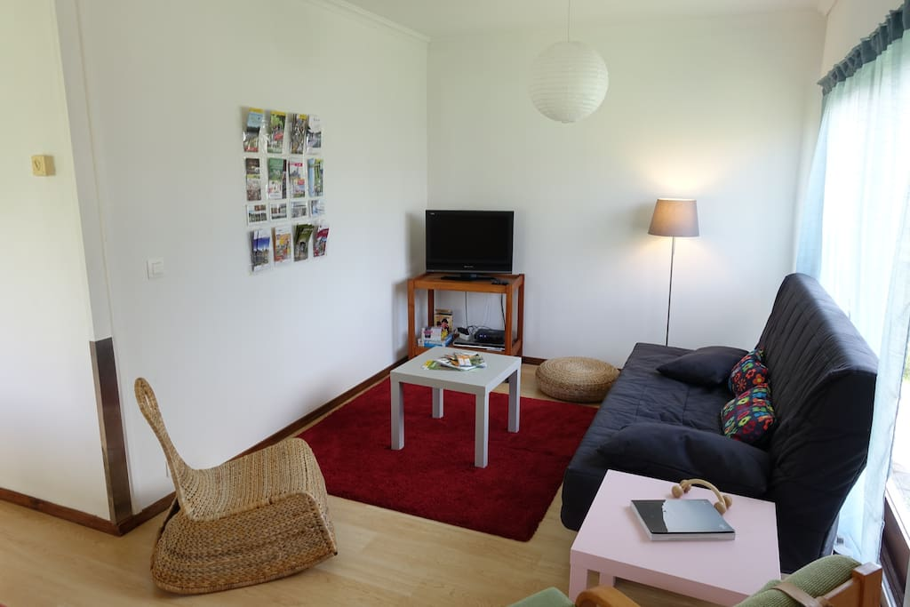 living - coin salon