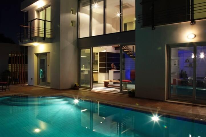 Villa Eleven - Special North Cyprus villa with perfect reviews, 3 bed - Karaoğlanoğlu - วิลล่า