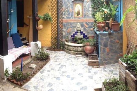 Mi cuartote - Mi casita en Antigua - Antigua Guatemala