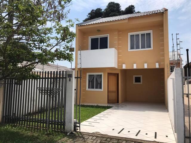 Castelinho dos Sonhos - Barreirinha, Curitiba-Pr