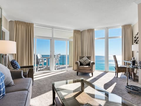 Gulf Front Condo with Floor to Ceiling Windows