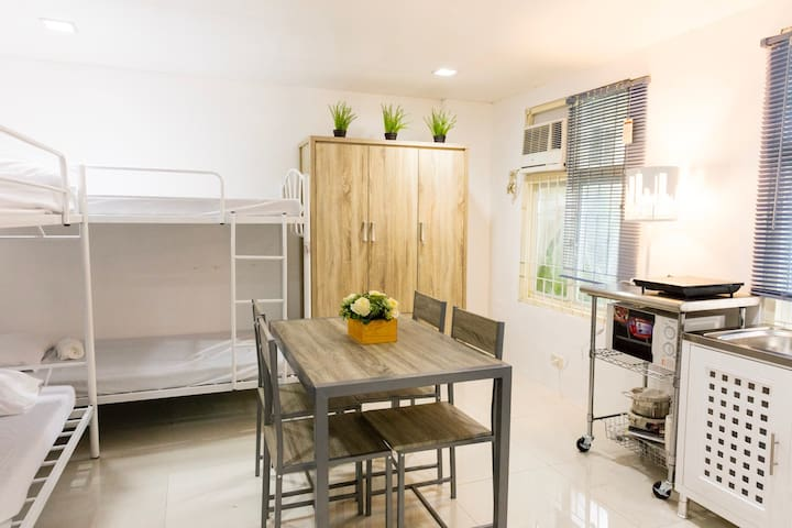 LIMITED PROMO!MODERN STUDIO @ city center - Davao City - Apartment